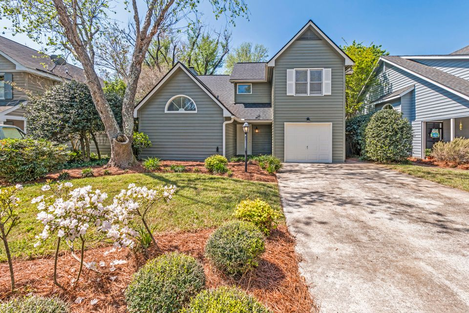 1475  Kinloch Mount Pleasant, SC 29464