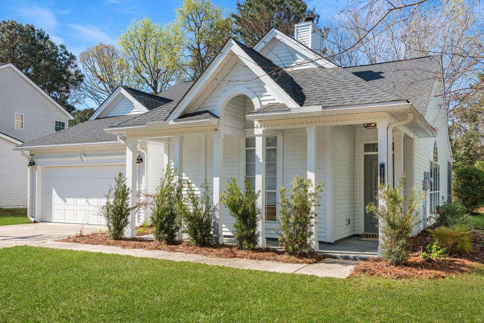 379 Fern House Walk Mount Pleasant, SC 29464