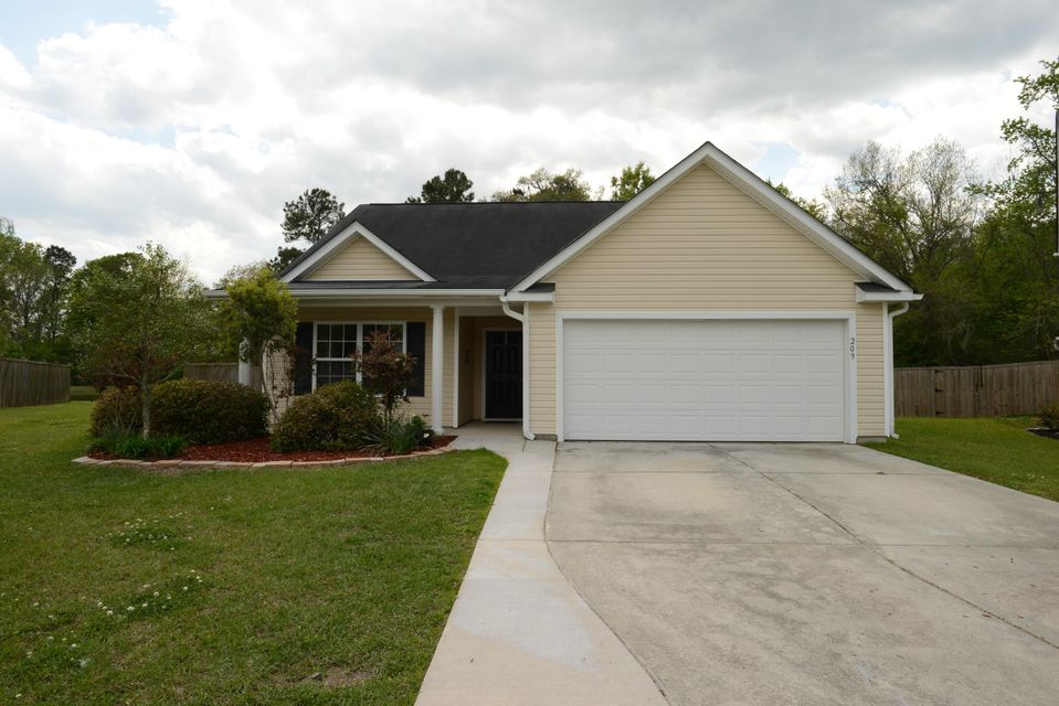 209 Turner Greens Court Goose Creek, SC 29445