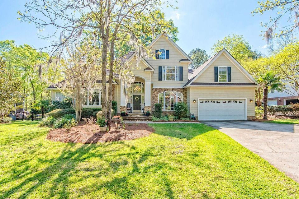 4292 Persimmon Woods Drive North Charleston, SC 29420