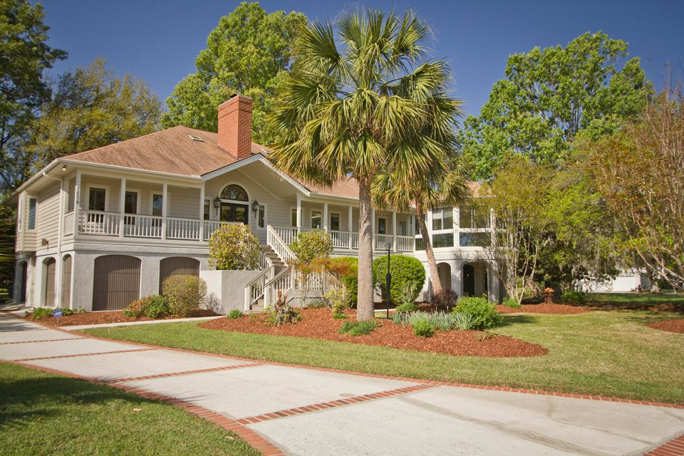 1538 Headquarters Plantation Drive Johns Island, SC 29455