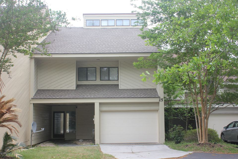 25  Arabian Drive Charleston, SC 29407