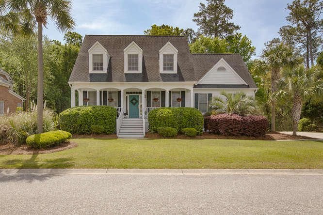 208  Oak Point Landing Drive Mount Pleasant, SC 29464