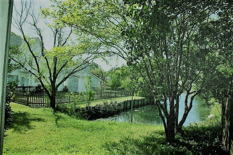 1545  Glen Erin Drive Mount Pleasant, SC 29464