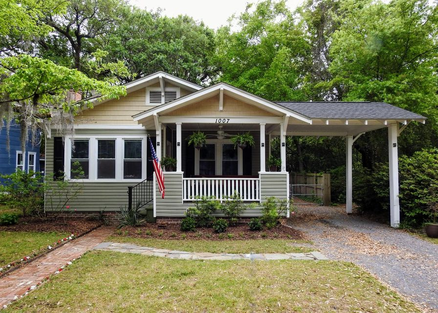 1007  Crawford Street North Charleston, SC 29405