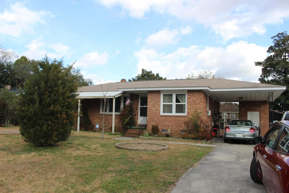 2704  Budds Avenue North Charleston, SC 29405