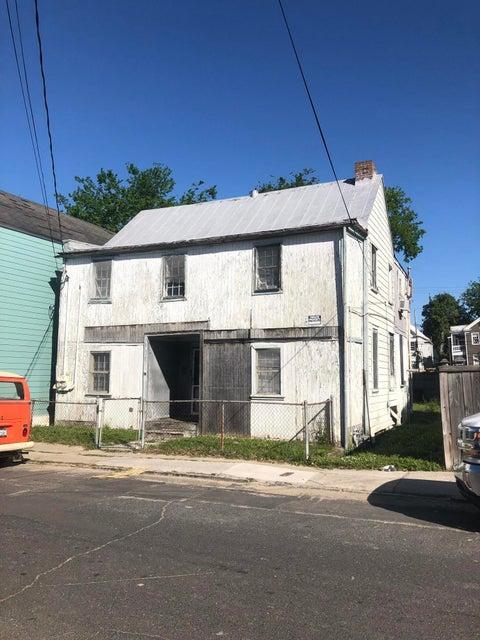36  South Street Charleston, SC 29403