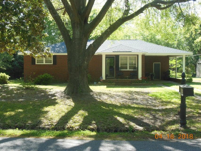 819 N Palmetto Street Summerville, SC 29483