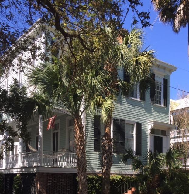 29  Pitt Street Charleston, SC 29401