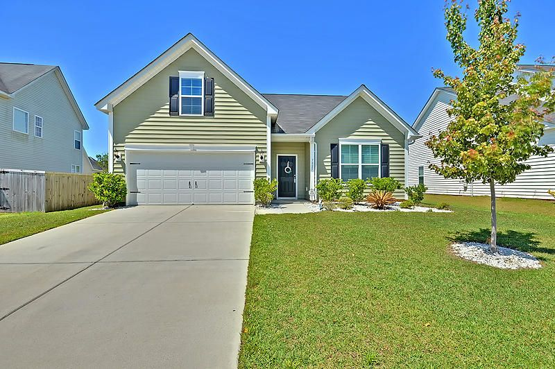 7825  Expedition Dr North Charleston, SC 29420
