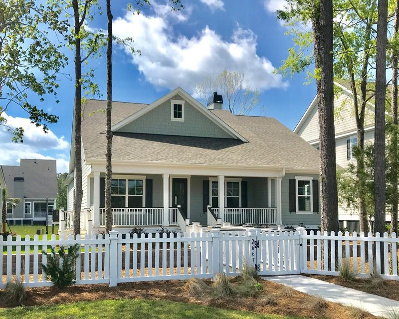 2667  Park West Boulevard Mount Pleasant, SC 29466