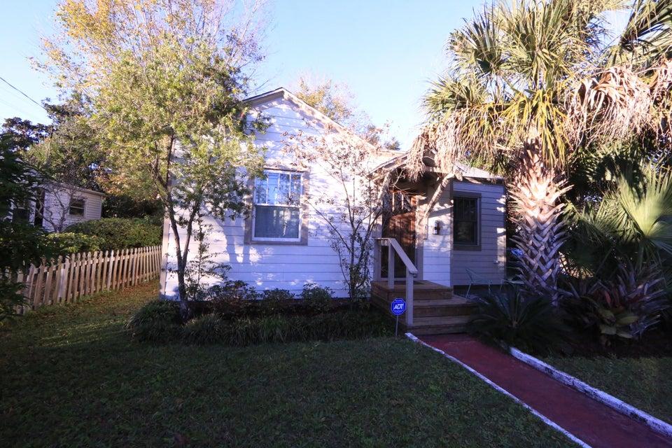 136  Maple Street Charleston, SC 29403