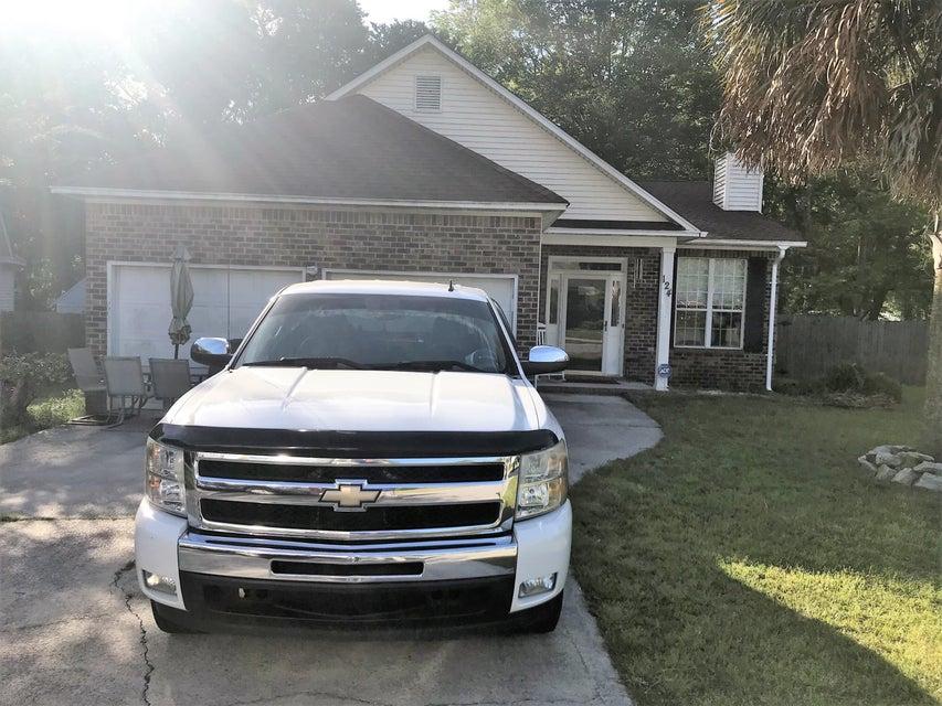 124  Landau Rd Summerville, SC 29485