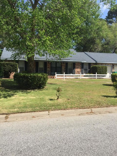 114  Three Iron Drive Summerville, SC 29483