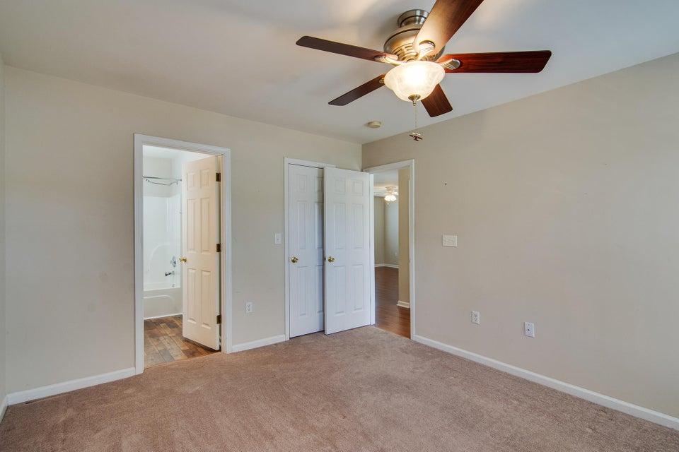 1130 Peninsula Cove Drive Charleston, SC 29492