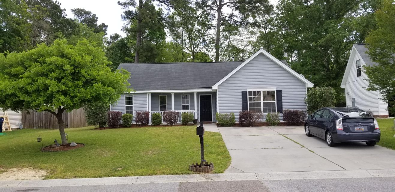 2220  Sandtuck Circle Summerville, SC 29483