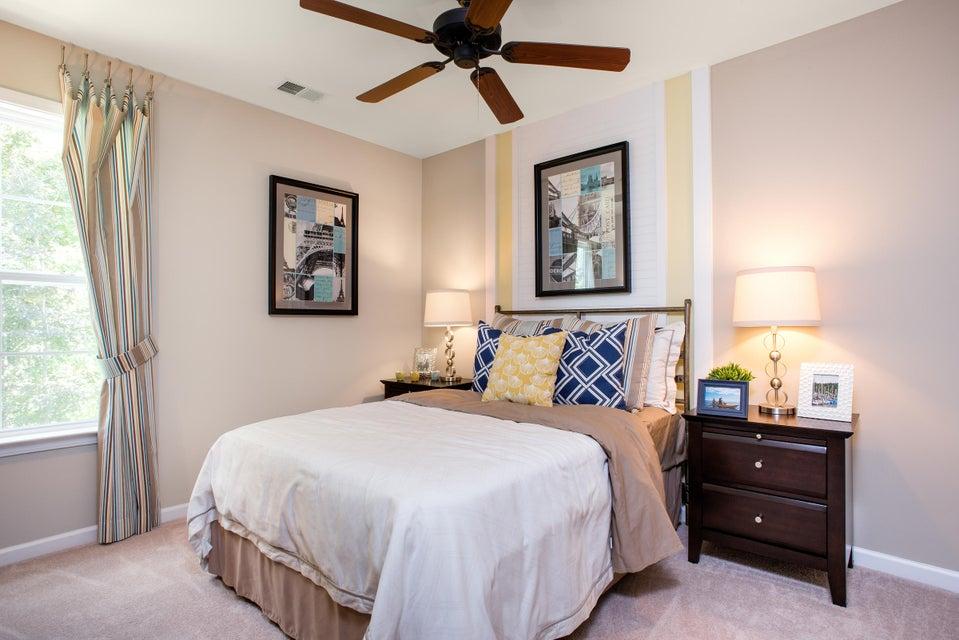 2342  Grandiflora Boulevard Charleston, SC 29416