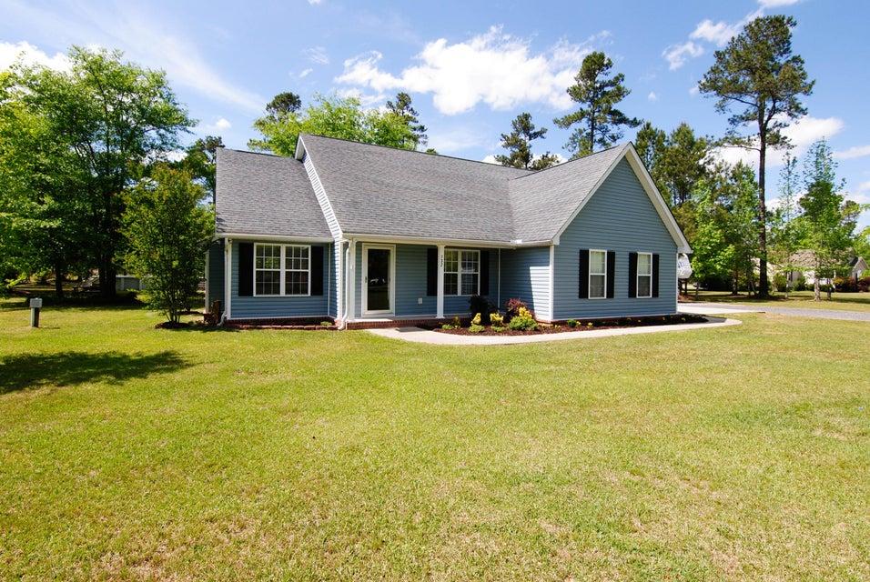 132  Hidden Creek Lane Bonneau, SC 29431