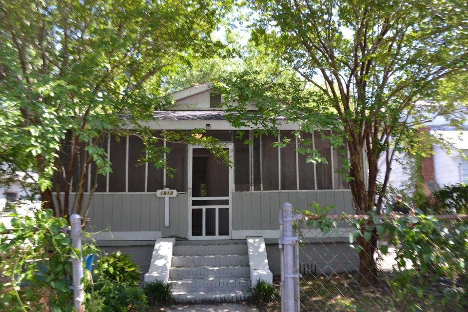 1919  Norwood Street North Charleston, SC 29405