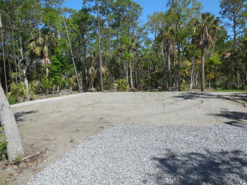 7a W Cooper Avenue Folly Beach, SC 29439