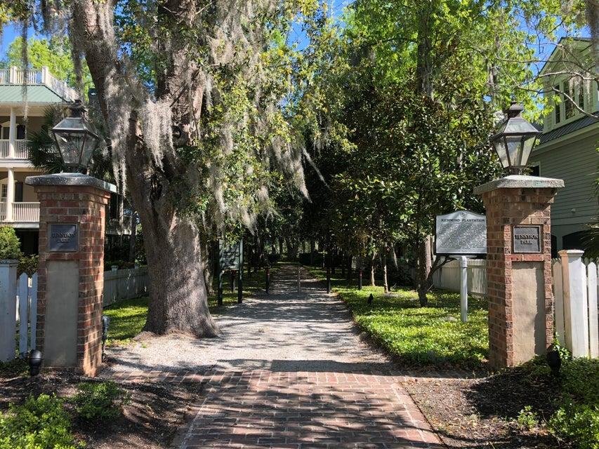 1879 N James Gregarie Road Mount Pleasant, SC 29466