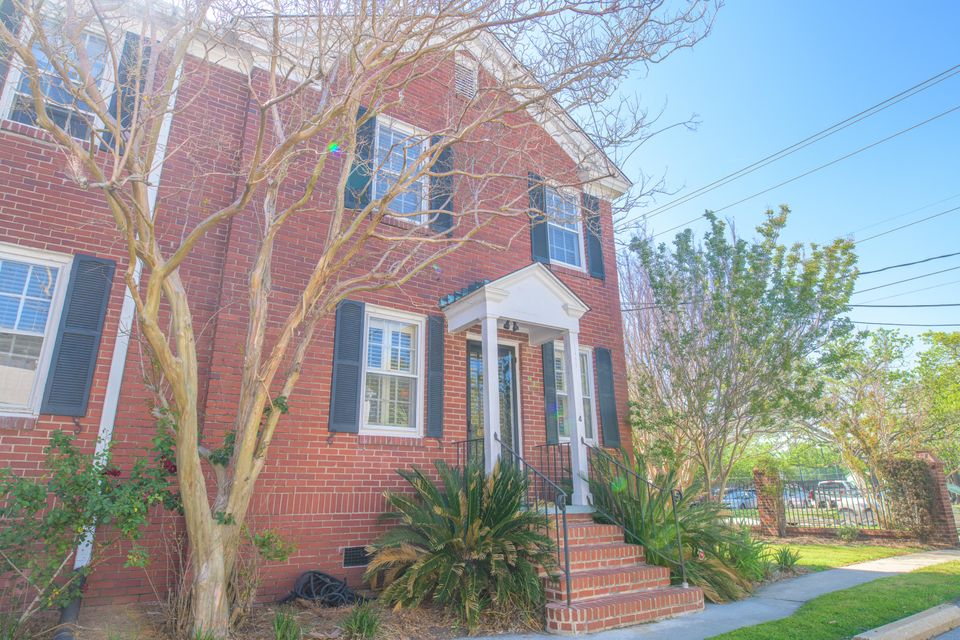 301 Broad Street Charleston, SC 29401