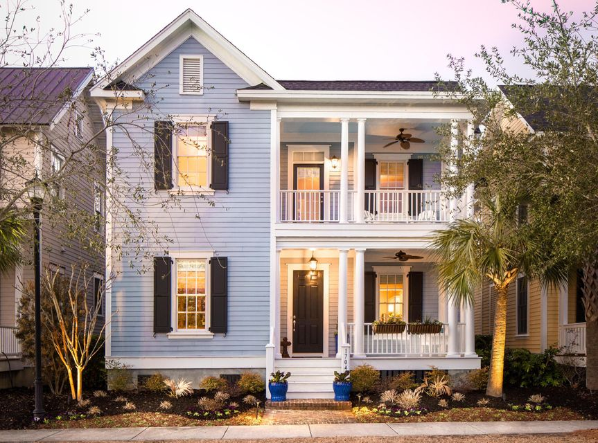 1704  Paradise Lake Drive Mount Pleasant, SC 29464