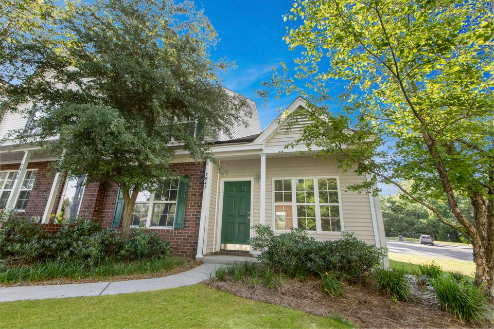 7947  Shadow Oak Drive North Charleston, SC 29406