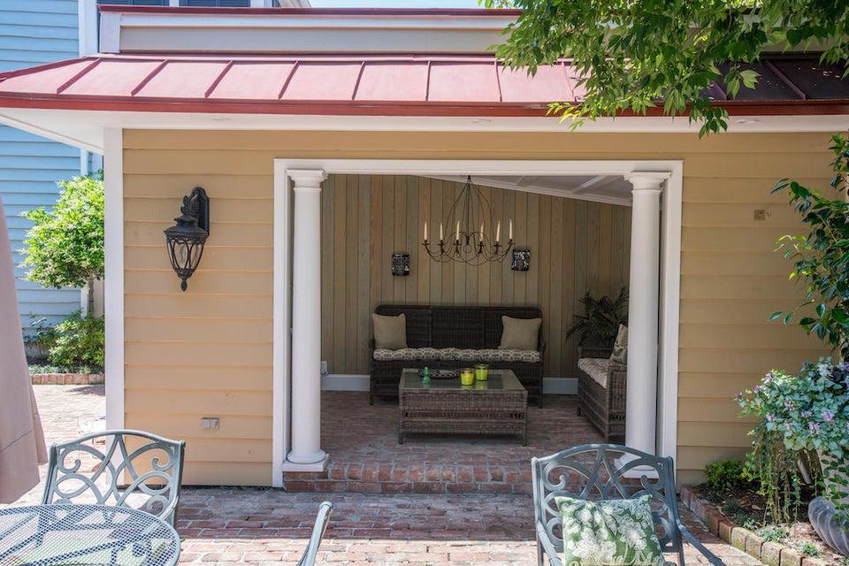 102 Queen Street Charleston, SC 29401