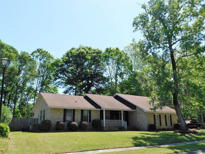 109  Ravenwood Court Summerville, SC 29485
