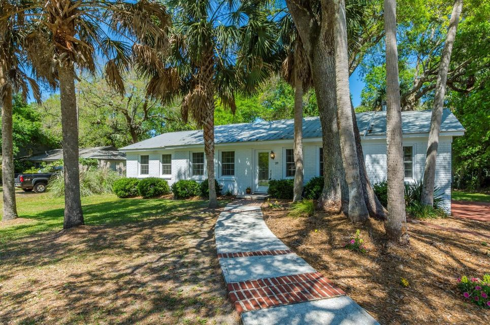 28  31ST Avenue Isle Of Palms, SC 29451
