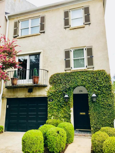 24  Archdale Street Charleston, SC 29401
