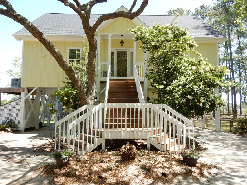 8934  Sandy Creek Road Edisto Island, SC 29438
