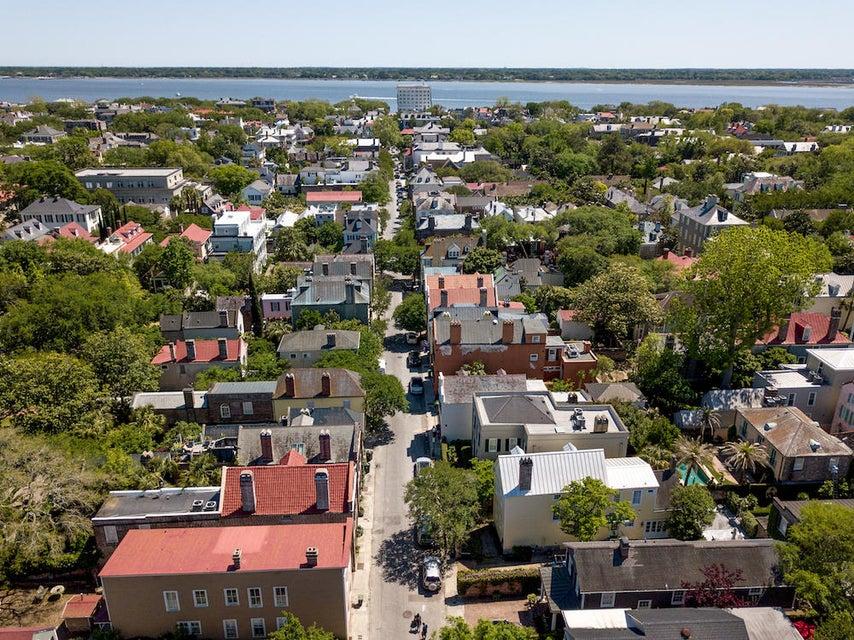 107 King Street Charleston, SC 29401