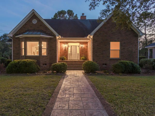 537 E Rice Planters Lane Mount Pleasant, SC 29464