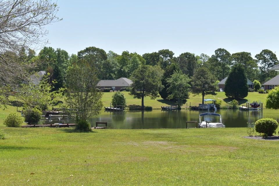 43 N Lake Circle Manning, SC 29102