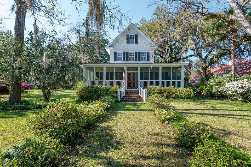 2474  Sea Island Yacht Club Road Wadmalaw Island, SC 29487