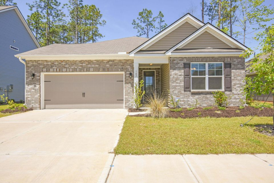107 Yeamans Way Summerville, SC 29483