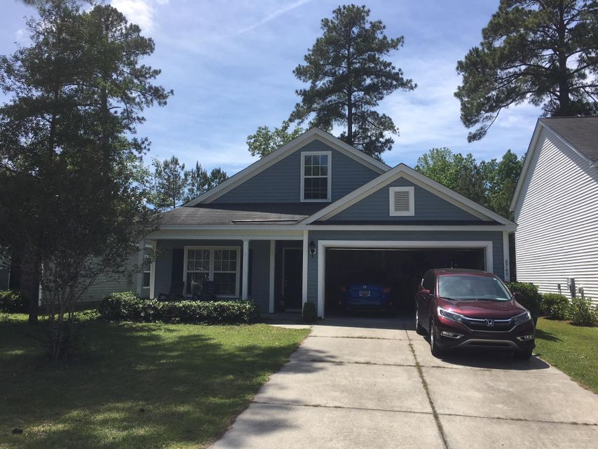 8749 Red Oak Drive North Charleston, SC 29406