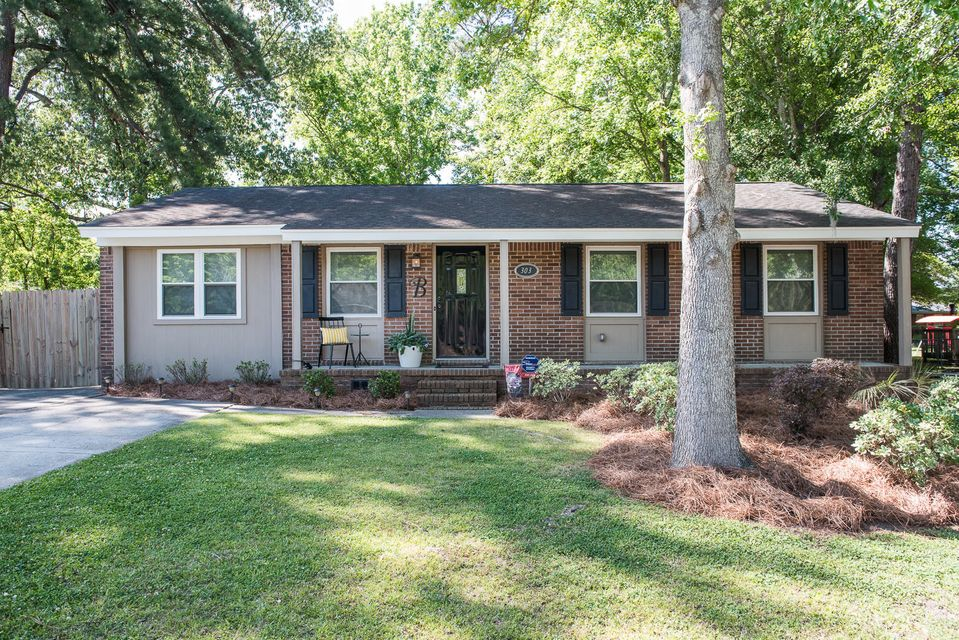303  Laurel Avenue Goose Creek, SC 29445