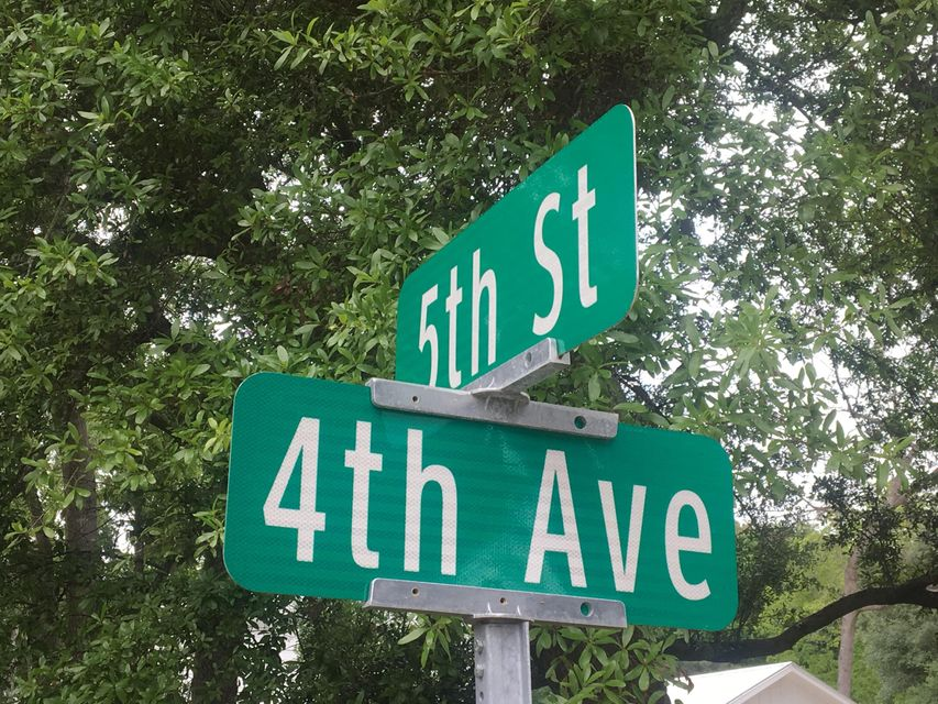 303 4TH Avenue Mount Pleasant, SC 29464