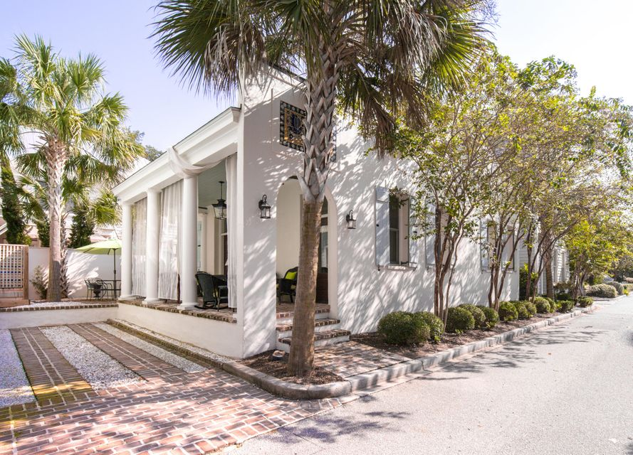 46  Sanibel Street Mount Pleasant, SC 29464
