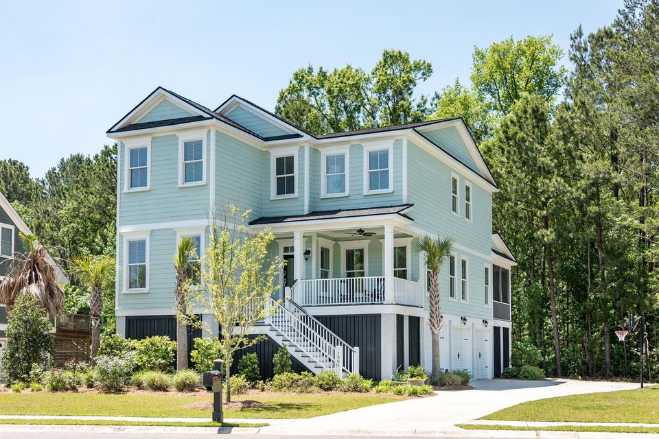 1305  Boat Dock Court Charleston, SC 29492