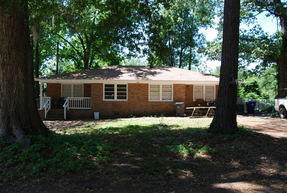 4851 Hickman Street North Charleston, SC 29405