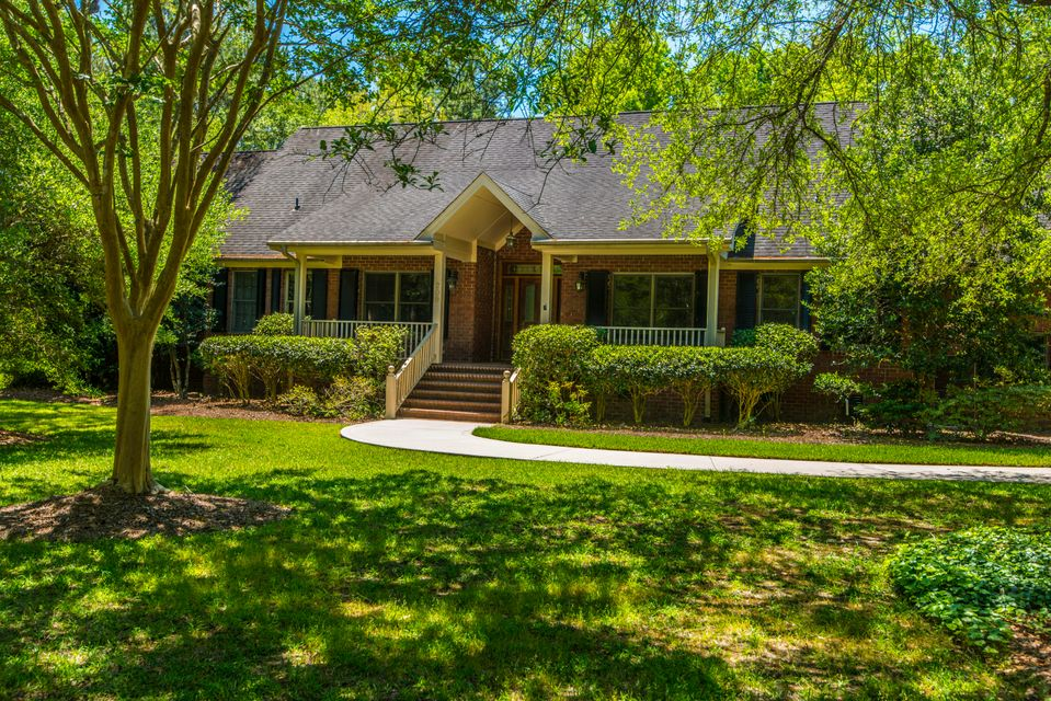 206 Ferry Point Drive Wando, SC 29492