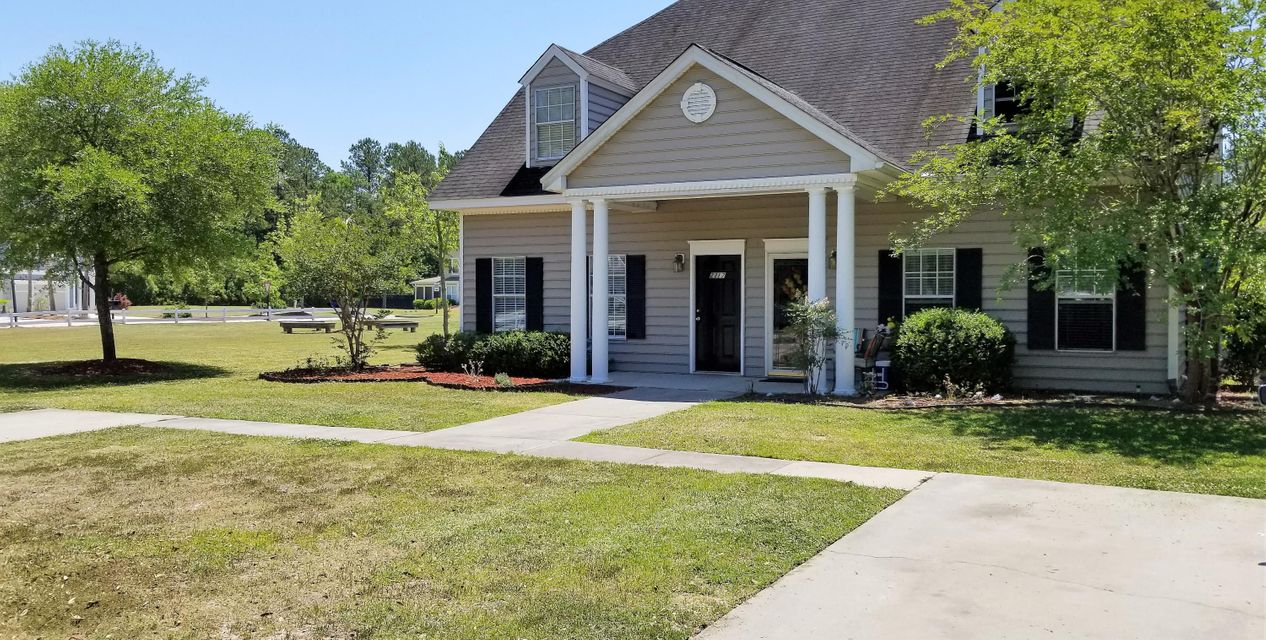 2317  Kings Gate Lane Mount Pleasant, SC 29466