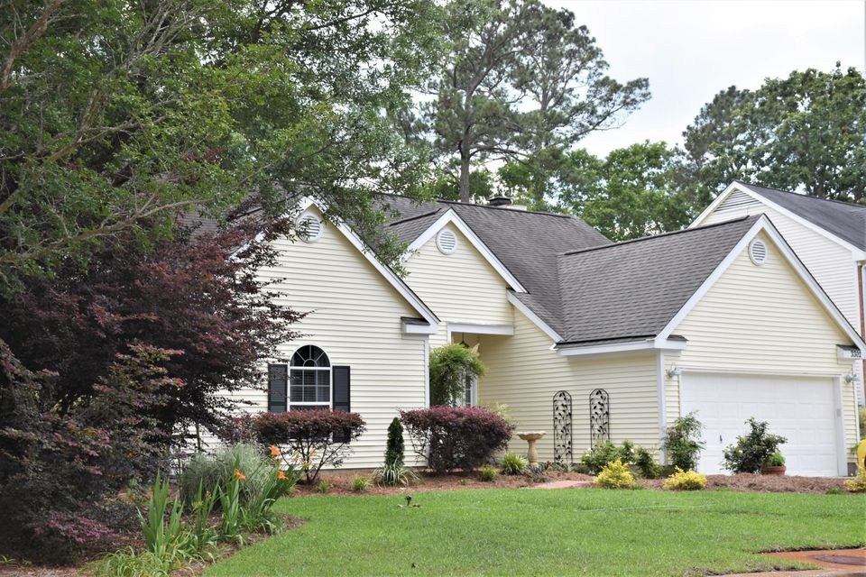 3302 Heathland Way Mount Pleasant, SC 29466