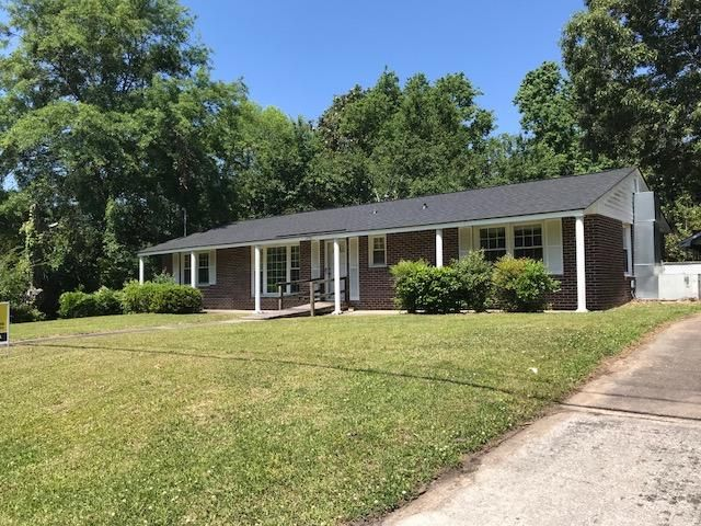 1930  Aichele Drive North Charleston, SC 29406