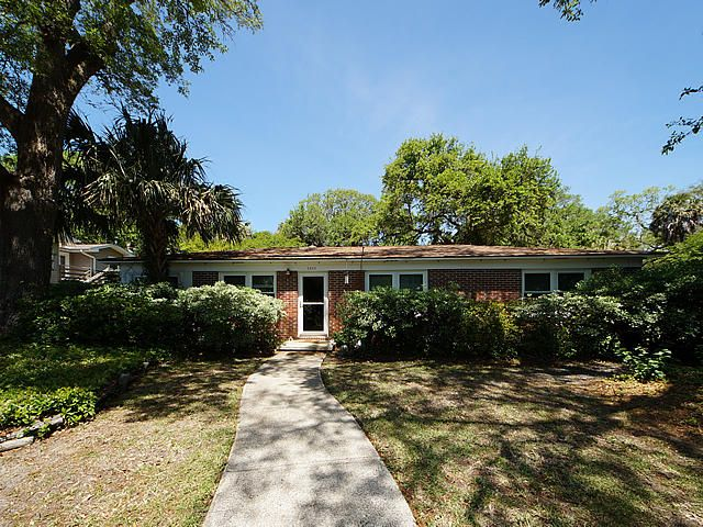 2503  Hartnett Boulevard Isle Of Palms, SC 29451