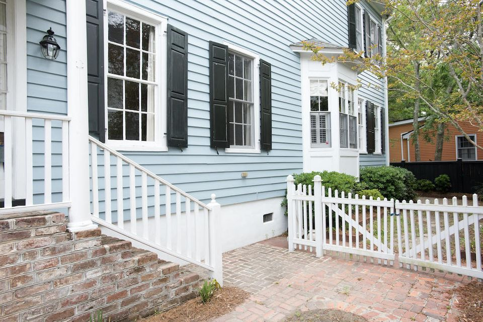179 Wentworth Street Charleston, SC 29401